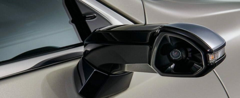 specchietti retrovisori digitali