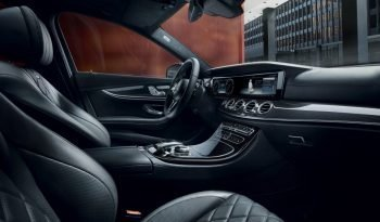 MERCEDES E-CLASS E300 De Auto Eq-Power Sport completo